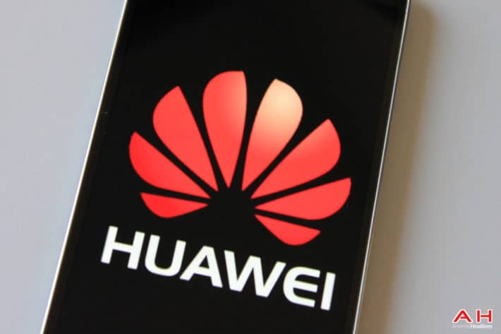 The Alleged Huawei P8 Handset Image Surfaced, The Device To Sport A 5.2″ FHD Display And 3GB Of RAM