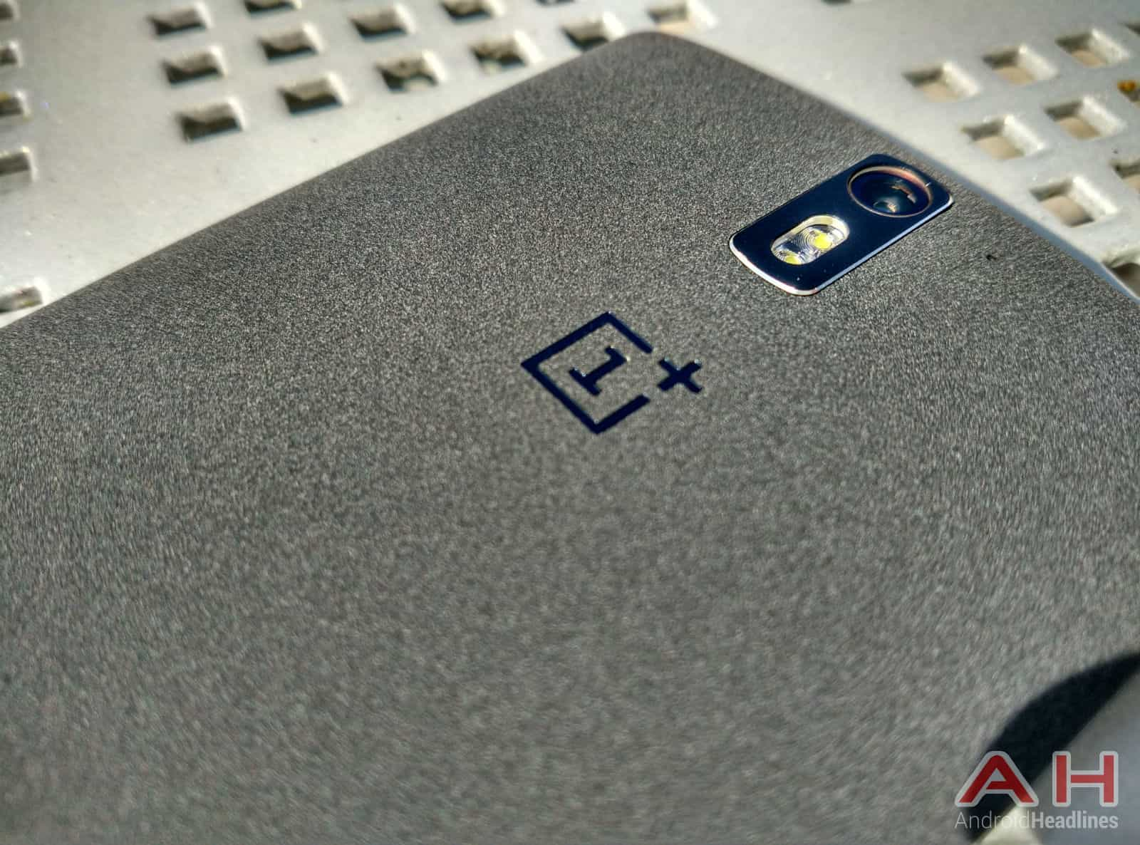 OnePlus-One-out2