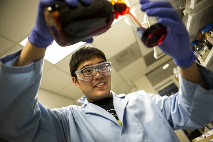 Kevlar Used To Build A More Efficient Rechargeable Lithium Ion Battery