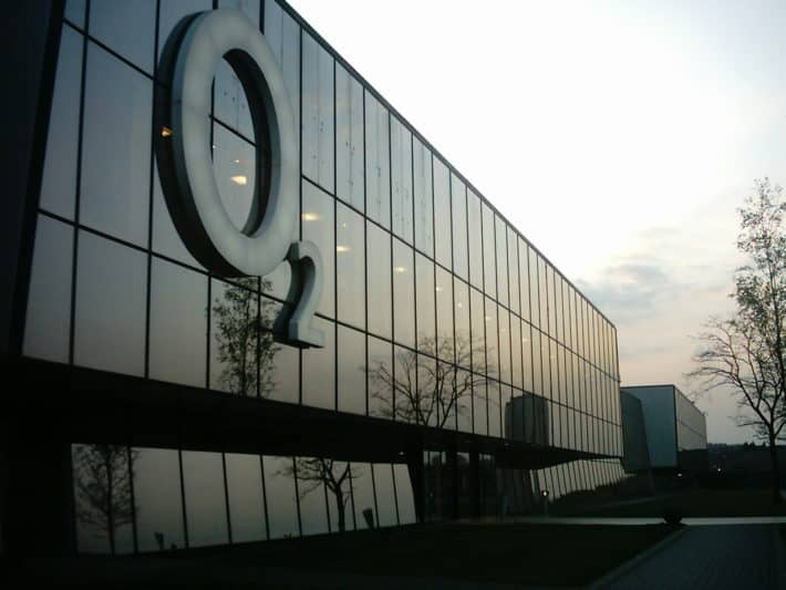 Telefonica Agrees To Sell O2 To Hutchison Whampoa For 10.25 Billion Pounds