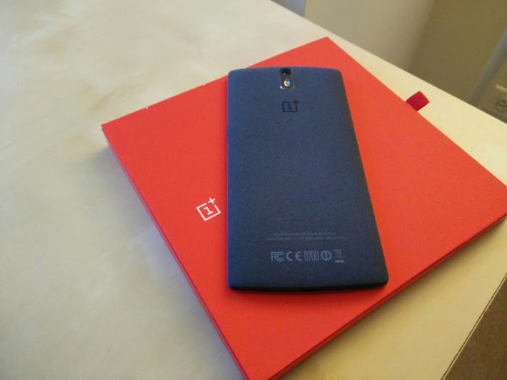Looks Like OnePlus One's Are Starting To Arrive In The U.S. Without Cyanogen Branding