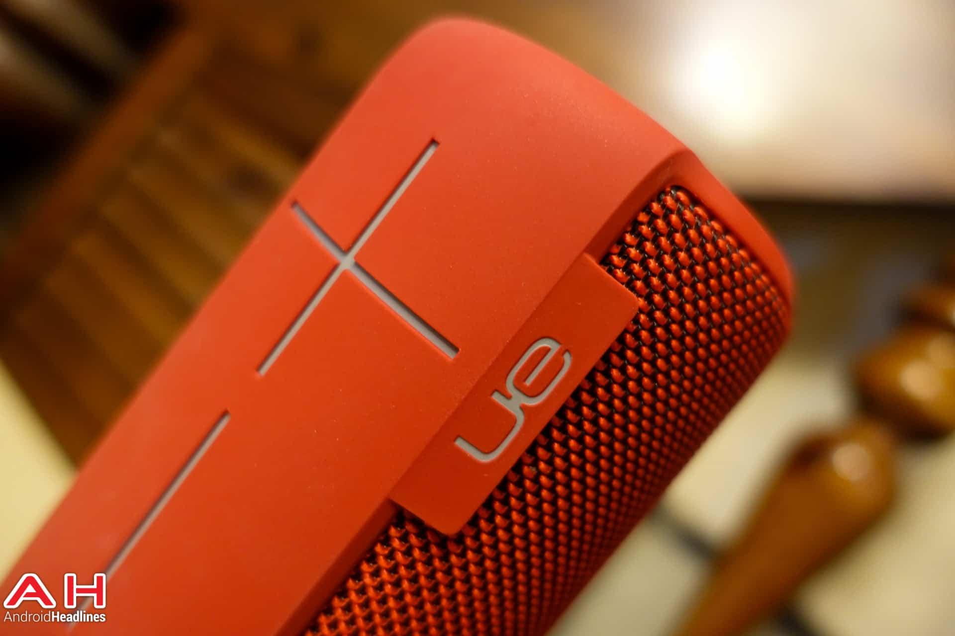 UE-MegaBoom-Speaker-AH-02941