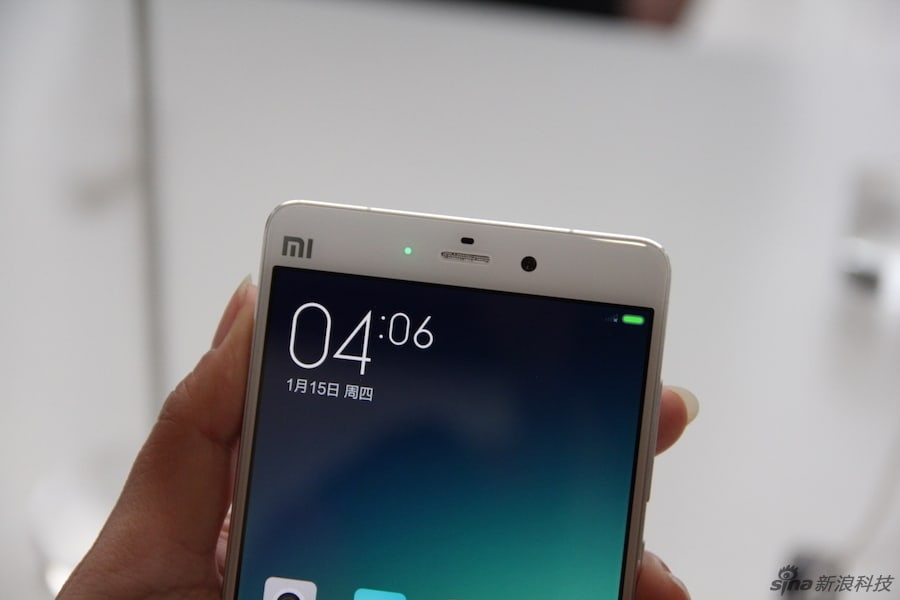 Xiaomi Mi Note and Mi Note Pro hands-on (Sina Technology)_4