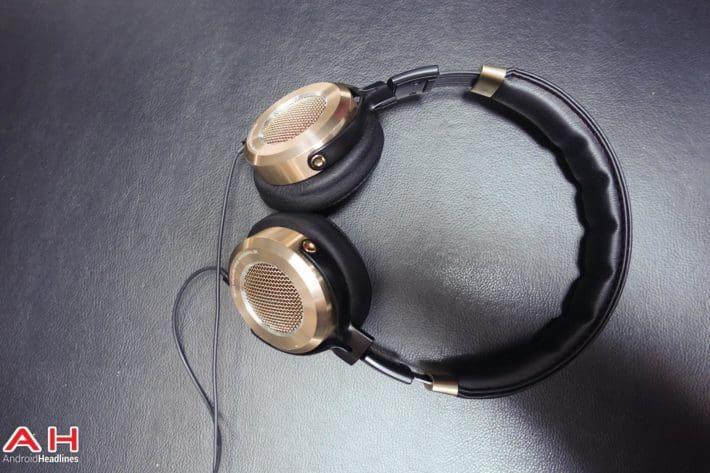 Featured Review: Xiaomi Mi Headphones