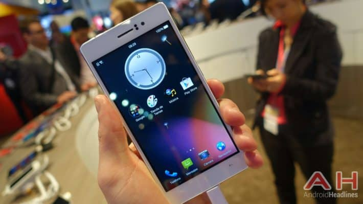 MWC 2015: Hands-On With Oppo R5, One Of The Thinnest Smartphones In The World