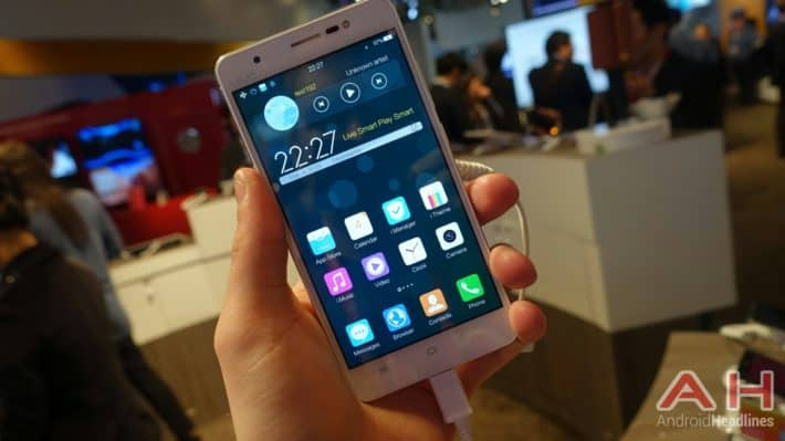 MWC 2015: Hands-On With Vivo Xshot, A Smartphone Which Sports A Front-Facing LED Flash