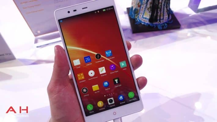 MWC 2015: Hands-On With ZTE's High-End Phablet, The Nubia X6